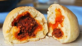 sausage inside a bread, bollo preñao, how fat is that, love spain cuisine, asturias food, north of spain